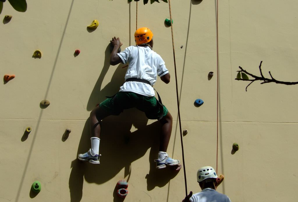 Wall-Climbing-2